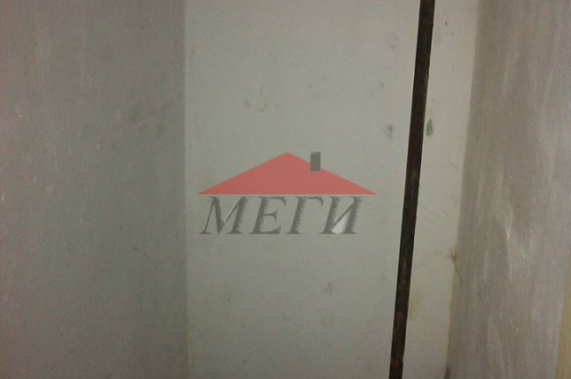 1 - стаен апартамент в Свищов
