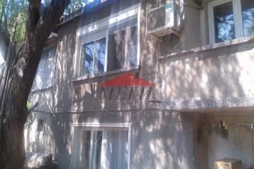 Къща - близнак в Свищов